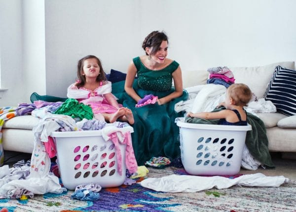 A Busy Moms Guide To Keeping The House Clean